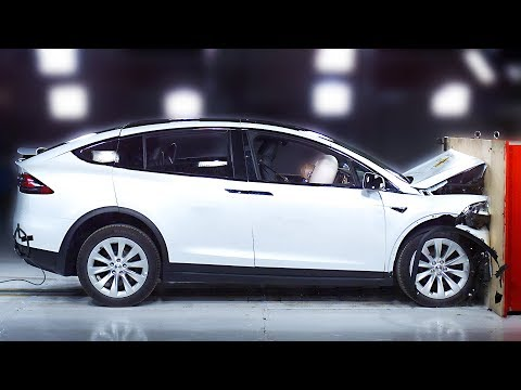 Tesla Model X crash test – Safest SUV 2020
