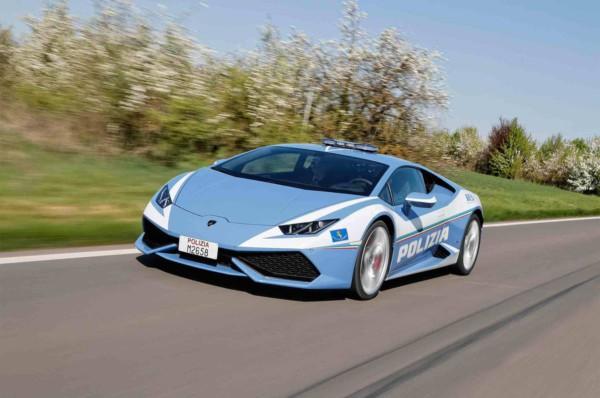 Итальянская полиция получила Lamborghini Huracan