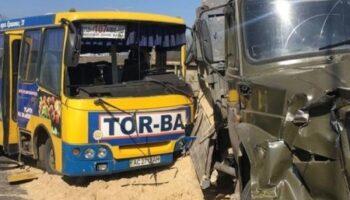 В Луцке грузовик протаранил маршрутку — «ДТП»